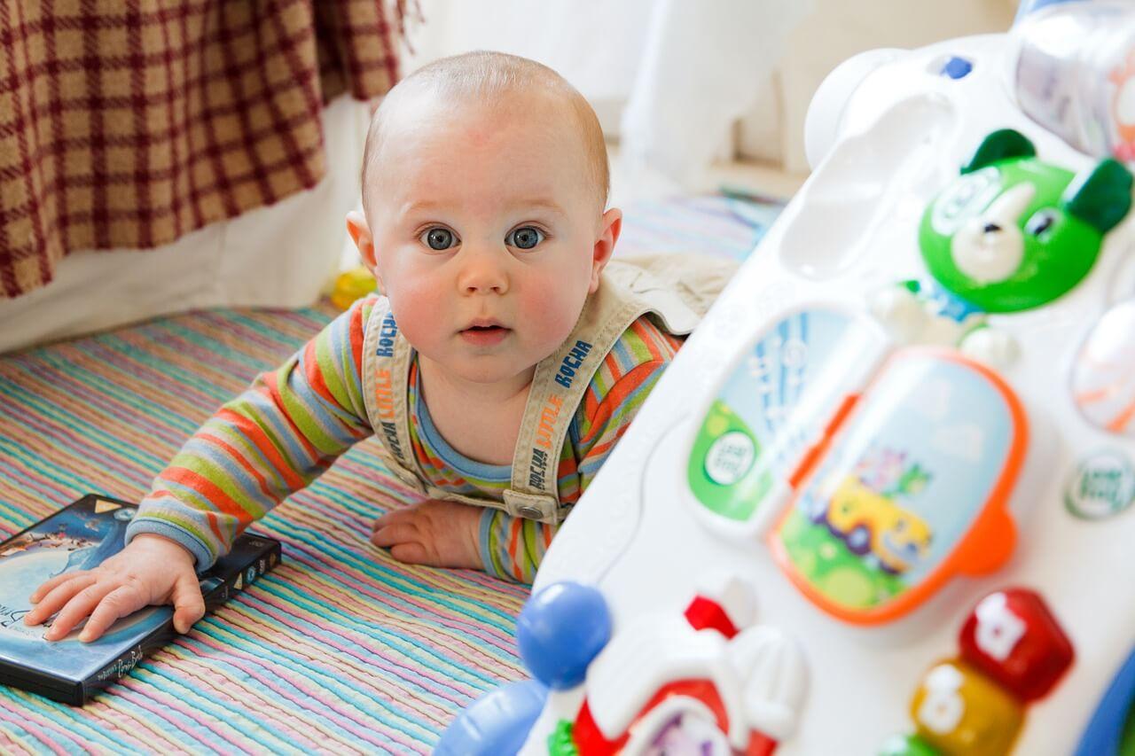 baby neben autobett - Kinderbett Auto